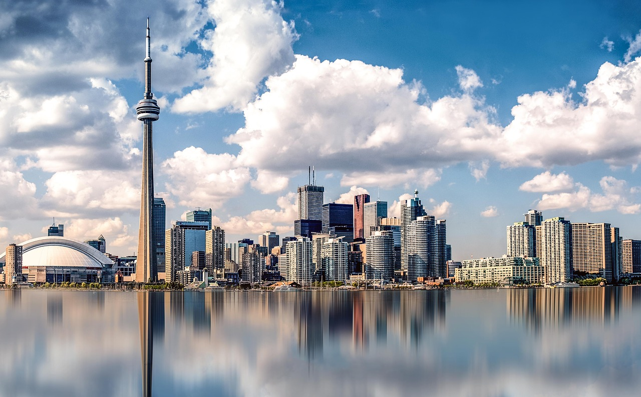 The Pocket-friendly guide to staying in Toronto